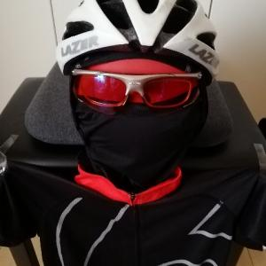 夏日のサイクリングには「バラクラバ」