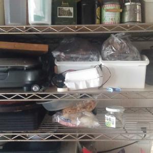 キッチンの棚を断捨離する