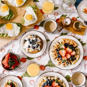 朝ごはん食べにいこう!Leonの朝ごはんレストラン、TOMATES
