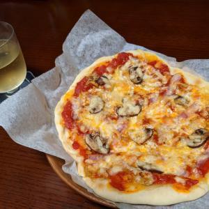 【3分クッキングレシピ】簡単トマトソースが絶品☆お家ピザパーティーで盛り上がろう!