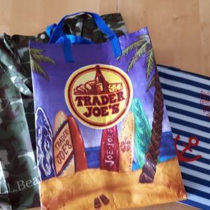 レジ袋有料化、マイバッグでお買い物