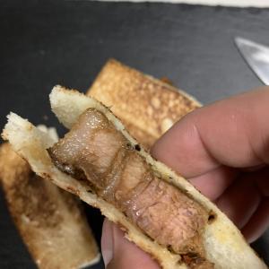 【ホットサンドメーカーオススメレシピ】スペアリブとフライドチキンのサンド
