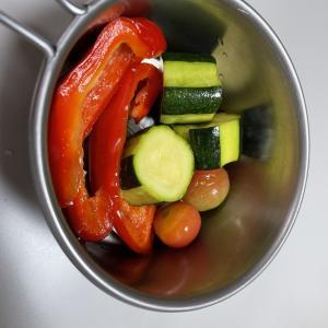 夏キャンプやBBQにオススメ!夏野菜のピクルスをミツカンのカンタン酢で作ってみた!