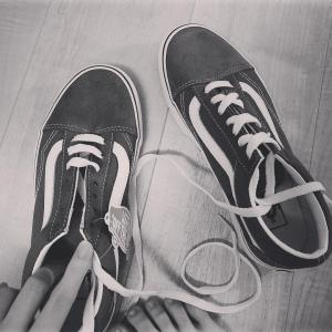 【元乃木坂46】西野七瀬、靴ひもを結べない模様wwwwwwwww
