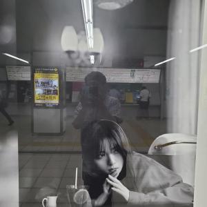 【乃木坂46】キモオタさん、反射には気を付けないとwwwww ※画像あり
