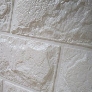 レンガ風壁紙タイルシールで簡単に壁紙貼り換え