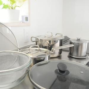 我が家はフライパン1つと鍋2つ。