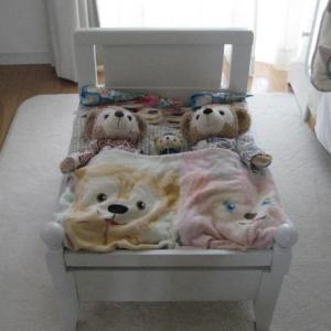 手作りベッドでお昼寝したよ!