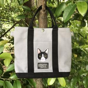猫ワッペンのトートバッグ