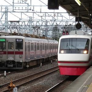 ゲリラ豪雨の東武館林駅で200系「りょうもう」を激写!ついでに都落ちした通勤電車も