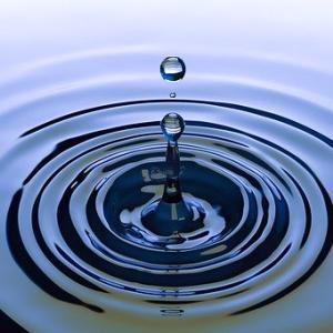 【ダイエットに最適】水の種類について ミネラル 軟水 硬水