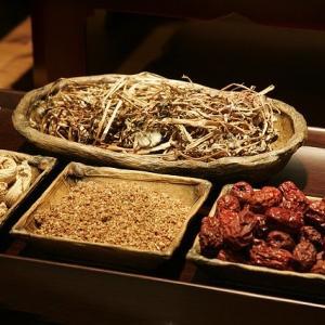 【停滞期】ダイエット行き詰まり時こそ 使ってみよう漢方ダイエット