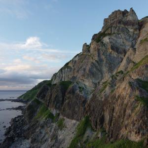 津軽半島・小泊岬(2):南灯台,地の果てで見た絶景。
