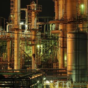 富士工場夜景(2):イハラニッケイ化学工業,静岡随一の工場夜景スポット。