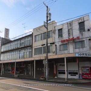 掛川駅北口(1):小さな歓楽街と中町商店街。