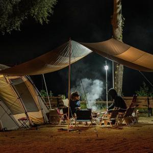 キャンプにポータブル電源!扇風機や暖房で快適!サンワ700-BTL046