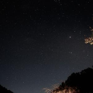 一眼レフ初心者がキャンプ場で星空撮影に挑戦してきました。