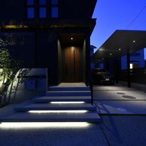愛知県 稲沢市にて新築外構完成。夜景写真です。