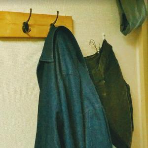 【収納DIY】賃貸アパートでおしゃれズボン・コートの壁掛けを作る。