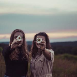 夫婦の悩み ▶︎まわりとの接し方(友人のおめでた報告にどう対応した?)
