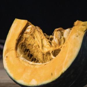 ずっしりと温かみのあるかぼちゃの栄養と簡単レシピ