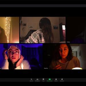 映画『ズーム 見えない参加者』レビュー/全編Zoom上で展開するホラー映画登場!徹底したリアリティが生み出す恐怖。