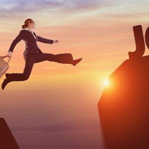私が転職前に不動産投資を始めた理由 転職すると融資に通らない