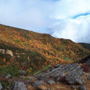 [日本百名山・安達太良山]こんな美しい彩りの紅葉が本当に見れるとは!!!想像以上の感動ものです。