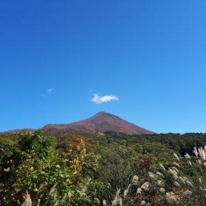 [日本百名山・磐梯山]大パノラマの磐梯山には、おしゃれな山小屋も!?