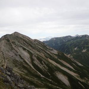 【テント泊登山⑥@雲ノ平と百名山4座を踏む】5つのピーク越えは、さすがに大変です。