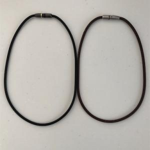 肩凝りの私にはファィテンの磁気ネックレスは必需品になりました!ほんとです!