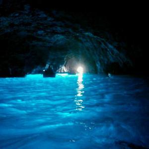 幻想的で美しい「青の洞窟」一生心に残る、忘れられない場所!【後編】
