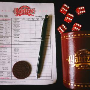 ボドゲ美術館レポ✿ヤッツィー / Yahtzee / サイコロゲームの古き良き王者!✿