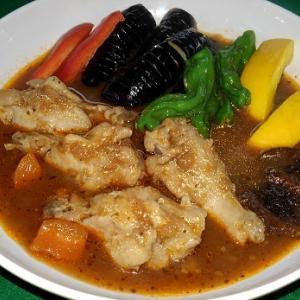鶏手羽元のスープカレー