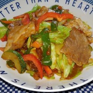 豚肉と野菜の味噌炒めと明太子うどん