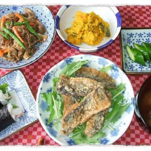 秋刀魚の竜田揚げと芋がらの煮物