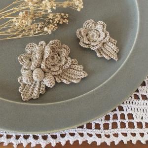 モチーフ編みのお花のブローチ
