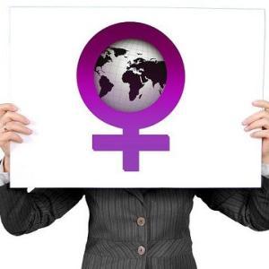 オリンピックにおける性別確認:テストステロン10nMの基準値のからくり