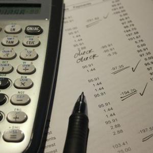 これができないとお金に苦しむ!賢い家計管理に必要な大原則