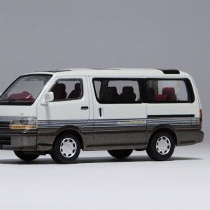 TLV-NEO トヨタハイエースワゴン 2.4スーパーカスタムリミテッド(92年式)