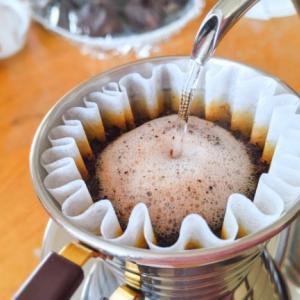 コーヒー初心者こそドリップポットは《タカヒロ 雫》を選ぶべき理由