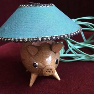 どこ製かわからないけど可愛いランプ