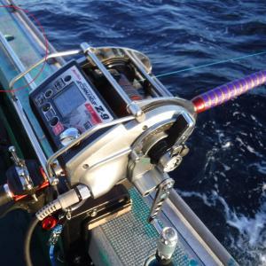 【深海釣りやサクラマスのバケ釣り等に適したフックホルダー マグサイバーについて(感想・インプレ)】