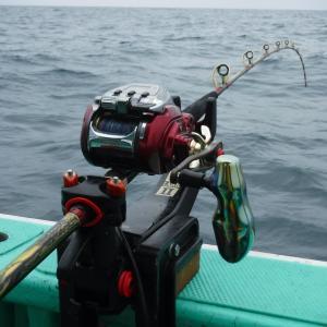 【5キロ超の良型ヒラメをキャッチ 日立久慈漁港 モンロー号 イシナギ釣行】