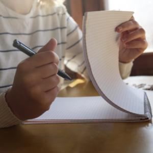 研修レポートの構成ができない!?簡単に作れる奥の手を伝授します!
