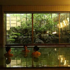 城野真樹のおすすめホテル!草津温泉『ホテル櫻井』でのんびり