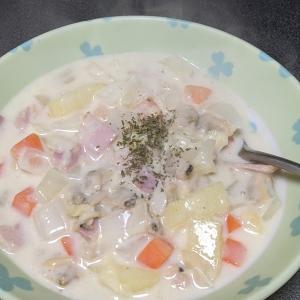 【スープ】あさりの水煮缶でクラムチャウダー