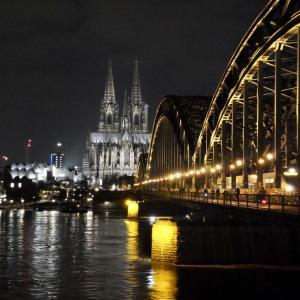 【ドイツの旅】夜のケルン散策&夜景