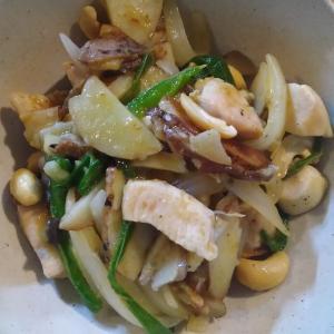 鶏胸肉と野菜のカレー炒め グリーンカレー味