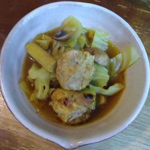 キャベツ鶏団子カレースープ